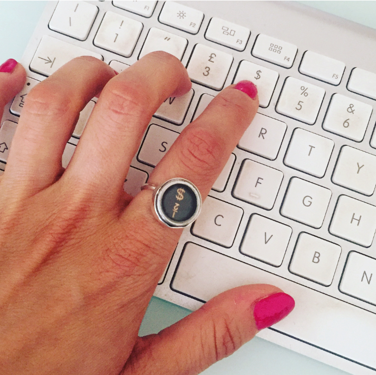 qwerty ring